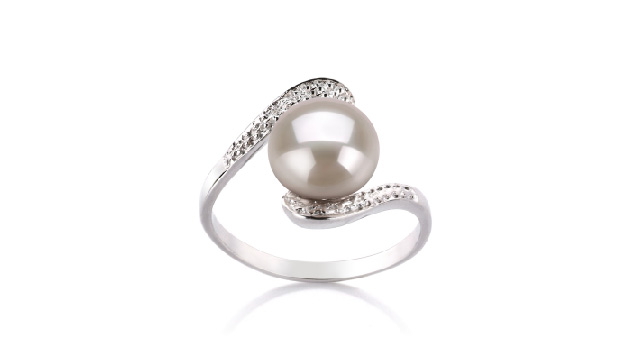 View White Pearl Rings collection